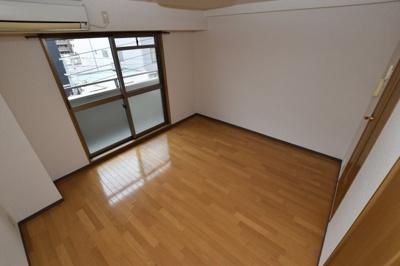【洋室】ミーネ新町弐番館