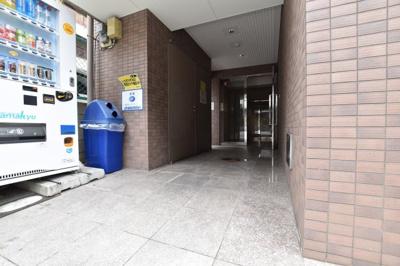 【エントランス】ミーネ新町弐番館