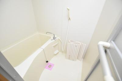 【浴室】ミーネ新町弐番館