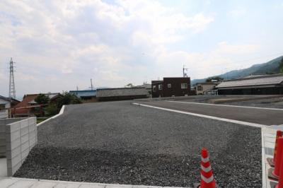 京阪穴太駅徒歩約3分、JR唐崎駅徒歩8分・西大津バイパス近く交通アクセス便利