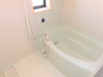 【浴室】サンビレッジ築捨Ⅱ