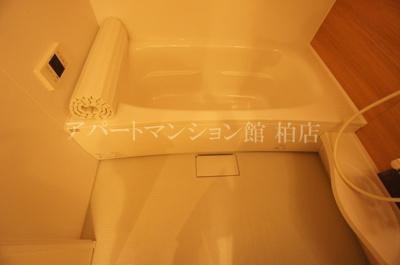 【浴室】ドゥ リアン ファミリオ