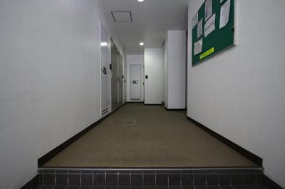 【ロビー】三景マンション