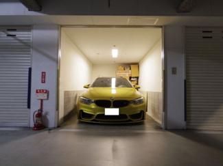 大切なお車を盗難、雨風から守る分譲ガレージ付き