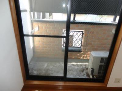 ライフピアエミリアの窓