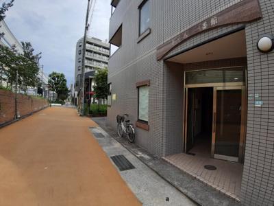 【玄関】ドーム1番館