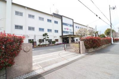 栗津中学校