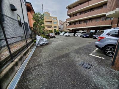 【駐車場】サンパティ西宮