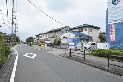 【前面道路含む現地写真】鴻巣市中央 新築一戸建て全1棟