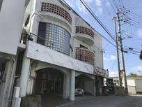 浦添市安波茶店舗兼住居3階建の画像