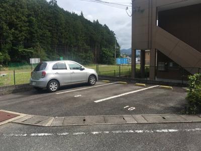 【駐車場】クレストール