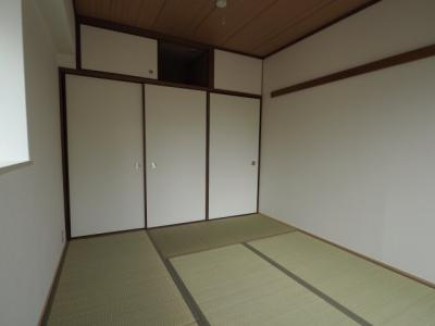 【寝室】ピルティー本山