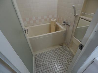 【浴室】ファイブ西岡本
