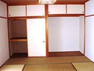 和室は南向きで日当り良好です