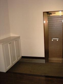 玄関はこのようになっています