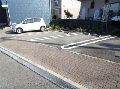 【駐車場】ナルチーゾⅡ