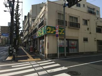 青梅街道沿いの好立地。商業地域につき、様々業種に利用可能です。