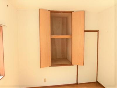 2階洋室6帖収納 全居室に収納がありスッキリ暮らせる間取りです。