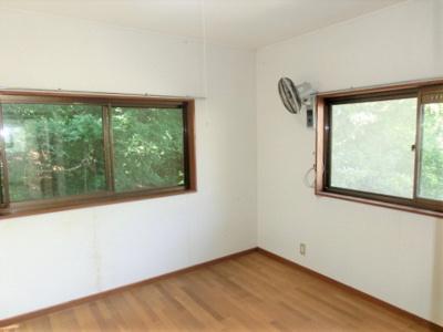 2階洋室6帖 全居室6帖以上のゆったり間取り。