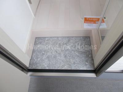 ハーモニーテラス小岩Ⅱの玄関