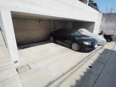 【駐車場】BRA