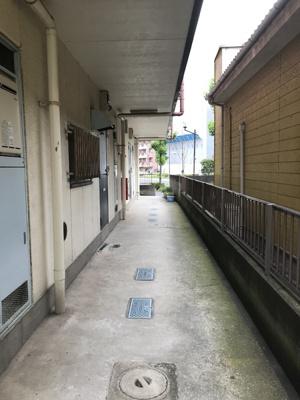 1Fの共用廊下