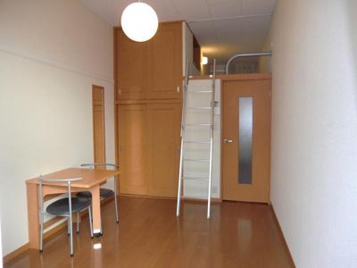 【外観】レオパレスシャンブル