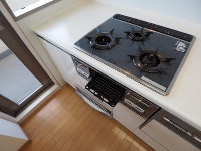 【キッチン】Brillia六甲アイランドブランズリビオ