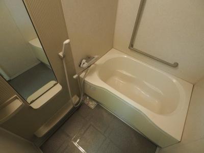 【浴室】フローラ岡本