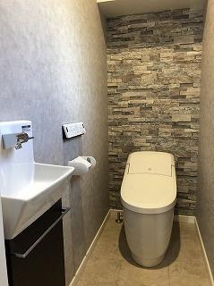 【施工例】トイレ トイレも汚れにくくお手入れしやすいです!