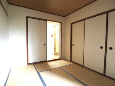 【寝室】ベクヴェーム本山