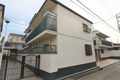 阪急「岡本」駅から徒歩2分と駅前のマンションです!