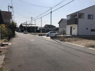 【前面道路含む現地写真】粟生町13号地