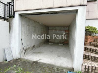 【駐車場】宮前区有馬戸建