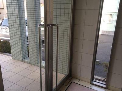 【エントランス】コスモリード十条駅前
