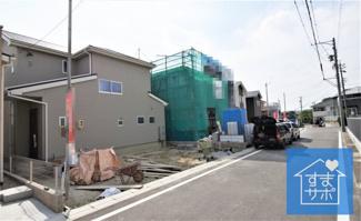 3号棟 現地(2019年6月)撮影 前面は交通量の少ない北道路です。幅員約5.5m。