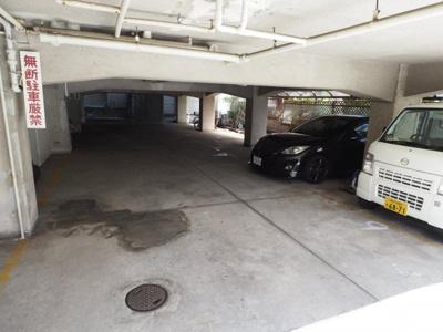 【駐車場】メゾン岡本
