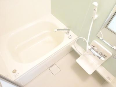 【浴室】グランシャリオヴィラージュ
