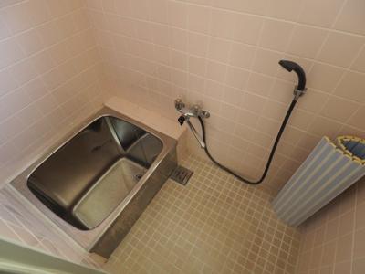 【浴室】本山中町1丁目 2階建て