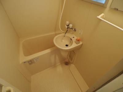【浴室】ヤングリーブス岡本