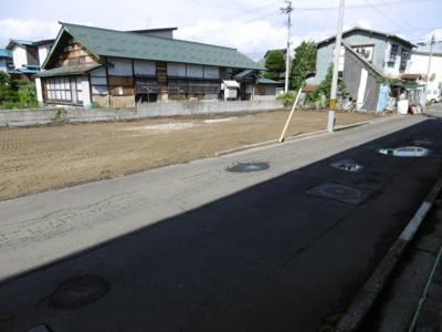 【前面道路含む現地写真】黒石市甲大工町