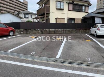 【駐車場】メゾン錦A棟