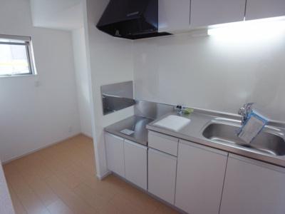 【キッチン】カーサコルティーレⅢ