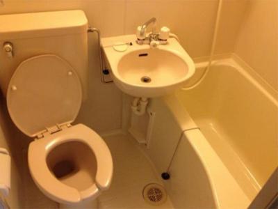 ライフピアフランセの落ち着いた空間のお風呂です