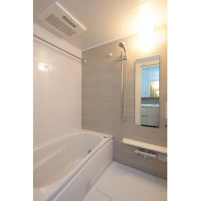 ルジェンテ・バリュ上野のバスルームです