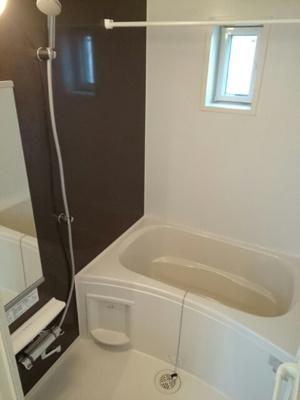 【浴室】エアリーテラスキャロット2