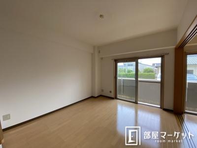 【洋室】エメラルドホーム
