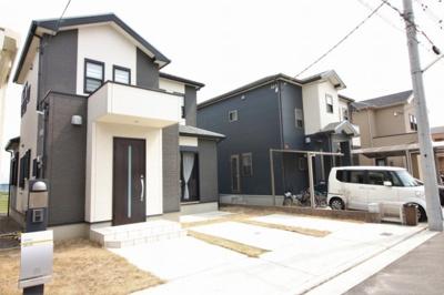 【外観】堺市北区野遠町 リフォーム済み戸建住宅