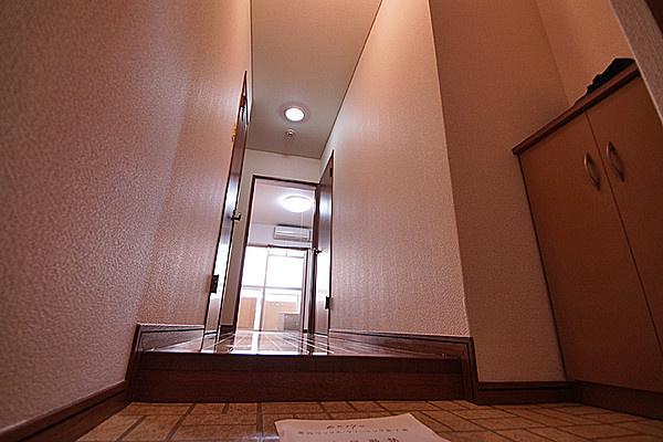 写真は別のお部屋のものです。相違がある場合は現況を優先します。