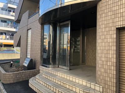 【エントランス】パレロワイヤル朝日5丁目